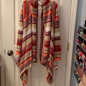 Long Sleeved Open Sweater w/ Multicolored Stripes